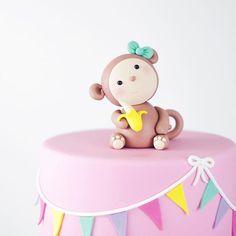 monkey fondant cake