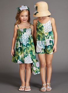 ALALOSHA: VOGUE ENFANTS: Must Have of the Day: An illustrated hydrangea printed fashion from Dolce & Gabbana