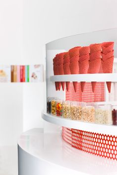 Re-imagining the Ice Cream Shop / Sprinkles Ice Cream
