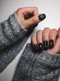 Nageldesign - Nail Art - Nagellack - Nail Polish - Nailart - Nails Black matte nails with geometric New Nail Designs, Black Nail Designs, Colorful Nail Designs, Simple Nail Designs, Matte Nail Designs, Colorful Nails, Short Nail Designs, Matte Nail Art, Matte Black Nails