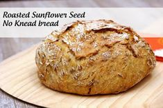 Delicious, Honey roasted sunflower seeds, baked up in a rustic, no knead bread, all cooked in a Cast Iron Dutch Oven. Artisan Bread Recipes, Dutch Oven Recipes, Quick Bread Recipes, Cooking Recipes, Irish Recipes, Chef Recipes, Recipes Dinner, Soup Recipes, Dinner Ideas