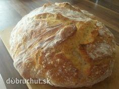 Domáci chlieb, treba vyskúšať, je skvelý Bread Recipes, Cooking Recipes, Food And Drink, Pizza, Lunch, Kitchen, Beading, Hampers, Recipies