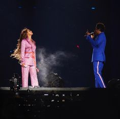 people: Beyonce and Her Daughter Appear Crystal Sprinkled Beyonce Instagram, Instagram Posts, Beyonce Costume, Music Tours, Beyonce And Jay Z, Beyonce Beyonce, Queen B, Wedding Suits, Looking Gorgeous