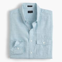 Before there were synthetic fabrics to battle the heat, there was cotton and linen. This lightweight textured fabric actually looks better with a few wrinkles—meaning it will look even better after that long client meeting on a hazy summer afternoon. <a href='https://hello.jcrew.com/2016-04-april/in-the-field-baird-mcnutt'><u>Learn more about Baird McNutt.</u></a> <ul><li>Slim fit, cut more narrowly through the body and sleeves.</li><li>Cotton/linen.</li><li>Button-down…