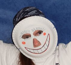 Masken aus Papptellern basteln