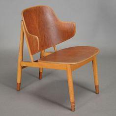 Mid Century Modern Ib Kofodlarsen for Christensen di Larsen Teak & Beech Easy Chair, 1950s #michaans #midcenturymodern http://www.michaans.com/highlights/2015/highlights_09122015.php