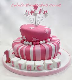 This cake can be decorated in just about any colour or combination of colours.
