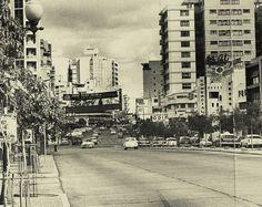 Año 1960: Calle Real de Sabana Grande final de la Gran Avenida