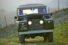 Land Rover Series 2A - http://www.landrovercentre.com/news/series-iia-land-rover-in-austria/#