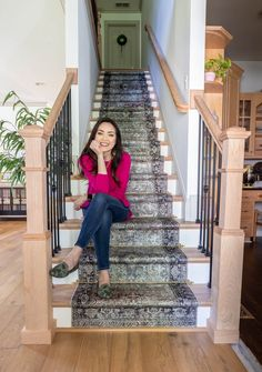 How To Install A DIY Stair Runner Craft Projects For Kids, Diy Projects, Pallet Patio Furniture, Picture Frame Molding, Diy Woodworking, How To Look Pretty, Diy Stair, Diy Home Decor, Stairs