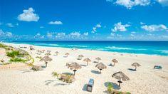 """#Cancun #Mexıco  ♥♥♥  Cancun'un efsanevi plajları özellikle bahar tatillerinde Amerikalıların akınına uğruyor. Uygun fiyatlı otel seçeneklerinin yanı sıra, dakika başı gerçekleşen ve son derece ekonomik fiyatlara bilet bulabileceğiniz uçuşlar sayesinde Cancun, adeta """"Amerika'nın arka bahçesi"""" konumunda. Burada hem keşfedilecek harika plajlar hem de Mayalar'dan kalan esrarengiz izler var."""