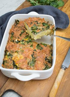 This Breakfast Hash Pie is a healthy breakfast (or even a meal). It's a great balance of plant based carbohydrate, protein and an easy to prepare meal. Healthy Food Choices, Healthy Recipes, Healthy Breakfasts, Vegetarian Recipes, Savory Breakfast, Breakfast Recipes, Dinner Recipes, Good Food, Awesome Food