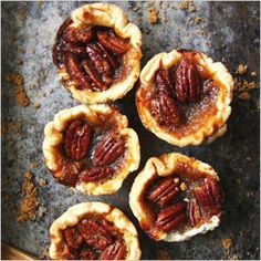 Did you know that butter tarts may have originated in Ontario? There's even a Butter Tart Trail in Wellington County! Check out this delicious recipe for this classic confectionery treat. Best Butter Tart Recipe, Butter Tarts, Tart Recipes, Dessert Recipes, Cooking Recipes, Dessert Ideas, Vegan Recipes, Canadian Food, Canadian Recipes