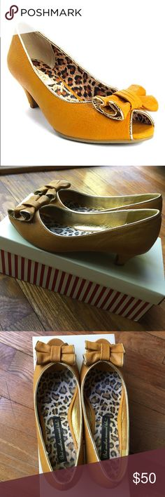 """Rockabilly Pinup Peep-Toe Pumps Gold Jenny Pumps. """"Low heels with rubber soles provide a subtle boost of height and stable steps, while a peep toe offers a feminine touch."""" 1.5"""" heels, lovely bow accent. In EXCELLENT condition - worn once! Will arrive in original packaging. B.A.I.T. Footwear Shoes Heels"""