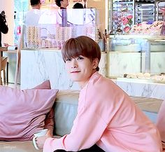 One minute he terrorizes is the next he decides to be a cute bitch, god damnit pick one jeffrey Johnny Seo, Nct Johnny, Jaehyun Nct, Pretty Much Band, I Luv U, Jung Yoon, Valentines For Boys, Jung Jaehyun, Dimples