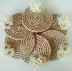 Best 9 21 Beautifully Stylish Rope Projects That Will Beautify Your Life – Stacha Styles – SkillOfKing. Cd Crafts, Jute Crafts, Diy Home Crafts, Diy Arts And Crafts, Diy Para A Casa, Diy Diwali Decorations, Diwali Diy, Cd Art, Diy Coasters