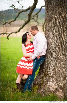 Cades Cove Engagement Pictures, Tennessee, photography, southern, country, field, tree