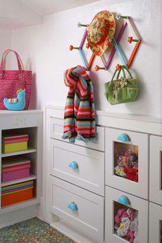 looking for closet design ideas.