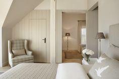 Home Interior Salas Mazuria Arte Manor Hotel and SPA Bedroom Loft, Dream Bedroom, Home Bedroom, Cottage Bedrooms, Bedroom Photos, Bedroom Signs, Master Bedrooms, Bedroom Apartment, Bedroom Ideas