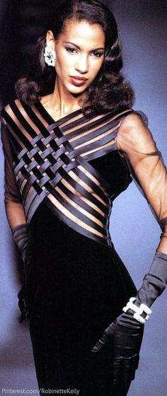 Valentino Haute Couture   F/W 1992