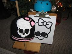 Crocheting: monster high hat