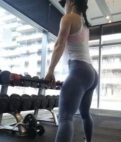 @rahrahxoxo mid S-curve workout snapped