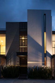 Sps+Sinapsis arquitectos houses in 2019 architecture, modern villa design, Architecture Design, Facade Design, Residential Architecture, Exterior Design, Modern Villa Design, Design Typography, Modern Mansion, Facade House, Design Case