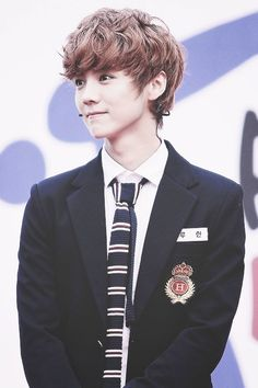 luhan being all pretty and what not, you know, the usual :P
