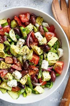 Avocado Greek Salad with a Greek Salad Dressing is a family favourite side salad. Avocado Greek Salad with a Greek Salad Dressing is a family favourite side salad served with anythi Ketogenic Recipes, Diet Recipes, Cooking Recipes, Healthy Recipes, Ketogenic Diet, Easy Cooking, Cooking Games, Cooking Food, Cooking Turkey