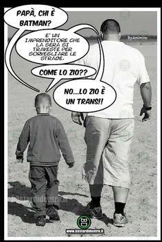 Che differenza c'è? #batman #zio #travestimento batman, travestito, domanda, figlio, padre, differenze, risposta, zio, humor bastardo