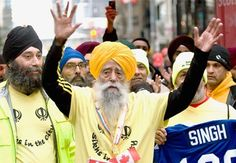 Health Secret of Wellness Legend, Fauja Singh, Who, at Crossed Finished Line of 2011 Toronto Marathon. I Hate Running, How To Start Running, Toronto Waterfront Marathon, Fauja Singh, 100 Year Old Man, Old Person, London Marathon, Marathon Runners, Old Men