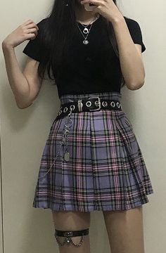 Grunge outfits 2019 Grunge Fashion we have chosen the newest fashion clothes for you. Hipster Outfits, Edgy Outfits, Colourful Outfits, Cute Casual Outfits, Summer Outfits, Edgy Hipster, Goth Girl Outfits, Soft Grunge Outfits, Grunge Dress