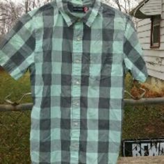 Men's shirt Mint and shades of gray block button up with collar and pocket. Like new condition, only worn a couple of times, flawless. PacSun Tops Button Down Shirts