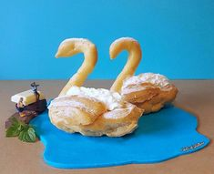 AD-Italian-Pastry-Chef-Creates-Miniature-Worlds-With-Desserts-16