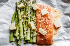 Salmon and Asparagus Foil Packs with Garlic Lemon Butter Sauce - - Whip up something quick and delicious tonight! - by Salmon and Asparagus Foil Packs with Garlic Lemon Butter Sauce - - Whip up something quick and delicious tonight! Salmon In Foil Recipes, Delicious Salmon Recipes, Fish Recipes, Seafood Recipes, Dinner Recipes, Cooking Recipes, Healthy Recipes, Salmon Foil, Baked Salmon And Asparagus