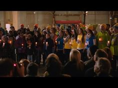 Microsoft's Holiday Ad Spreads Message of Peace Outside Apple's 5th Avenue Store - Mac Rumors