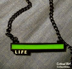Glowing-Life-Necklace-Geeky-Gifts