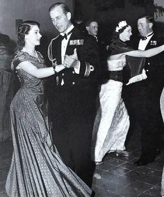 Princess Elizabeth (Queen Elizabeth II) and Prince Philip dance the samba in Malta, 1950 Young Queen Elizabeth, Navy Ball, Prinz Philip, Queen Pictures, Duchess Of York, Handsome Prince, Thing 1, Princess Margaret, Herzog