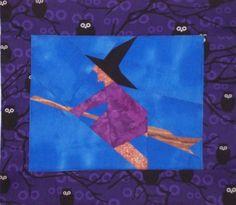 Eine in Paper-/Foundation Piecing genähte Hexe nach einer Vorlage von Sonja Callaghan. http://cottage-quilt.blogspot.de/2011/10/mein-kleiner-hexen-quilt-zu-halloween.html