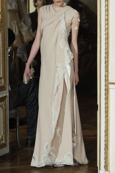 Alexis Mabille at Couture Spring 2014 - Livingly Alexis Mabille ba2bc65887a