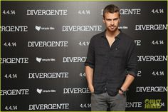 shailene woodley theo james take divergent to mexico 03