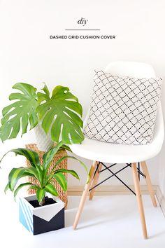 DIY dashed grid cushion cover