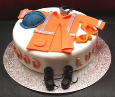 https://www.flicklearning.com/courses/health-and-safety/personal-protective-equipment-training PPE (Construction Worker's Uniform) Cake