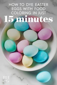 amazing How to Dye Eggs with Food Coloring in Just 15 Minutes Food Coloring Egg Dye, Coloring Easter Eggs, Making Easter Eggs, Easter Egg Dye, Egg Decorating, Decorating Blogs, Easter Treats, How To Make Homemade, Decor Ideas