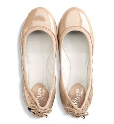 Neutral ballet flats that are comfy for walking from @Cole Haan