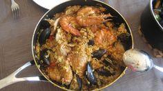 Paella- Rijst-Kip-Mosselen-Grote Garnaal-