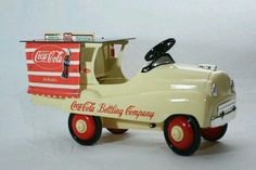 Vintage Buddy L Coca Cola Truck-Vintage Vintage Coca Cola, Coca Cola Ad, Always Coca Cola, World Of Coca Cola, Clock Vintage, Vintage Signs, Vintage Art, Car Jokes, Pedal Cars