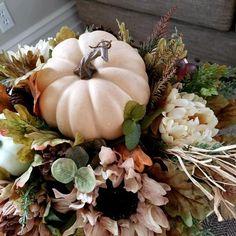 White Pumpkin Centerpieces, Thanksgiving Centerpieces, Floral Centerpieces, Vases Decor, Pumpkin Decorating, Fall Decorating, Planter Box Centerpiece, Fall Lanterns, Flower Arrangements Simple