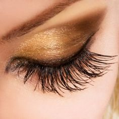 Why can't eyelash extensions ACTUALLY look like this?