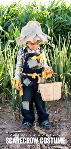 This Easy No Sew Scarecrow Costume is a breeze to make and is just oh so cute! MichaelsMakers A NIght Owl Blog